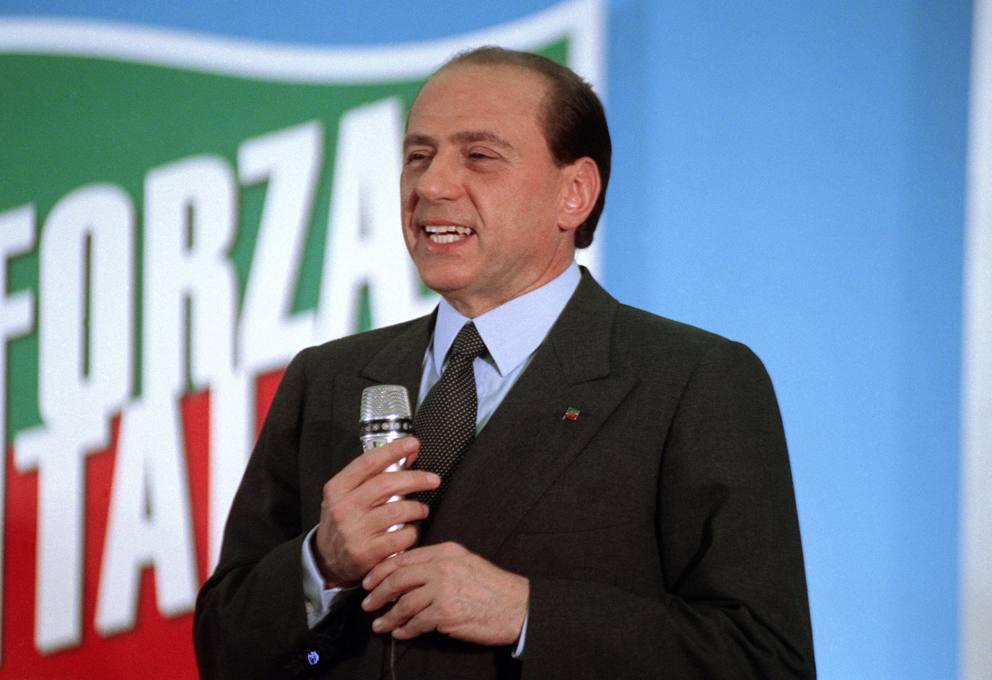 https://i2.wp.com/thesubmarine.it/wp-content/uploads/2018/12/Silvio_Berlusconi_May_1994.jpg?fit=992%2C680&ssl=1