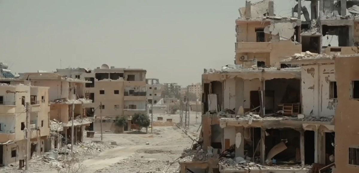 https://i2.wp.com/thesubmarine.it/wp-content/uploads/2019/03/1599px-Destroyed_neighborhood_in_Raqqa.jpg?fit=1200%2C577&ssl=1