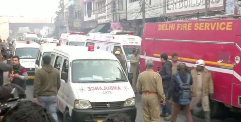 La strage dei 43 lavoratori morti in un incendio a Nuova Delhi
