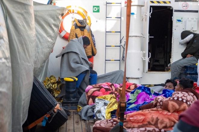 500 persone sarebbero morte o sarebbero state deportate in Libia se non ci fossero state le navi delle Ong