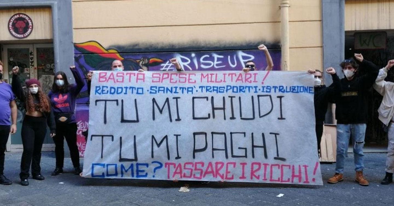 """Il decreto """"ristoro"""" risponde solo a una piccola parte di chi protesta contro il Dpcm"""