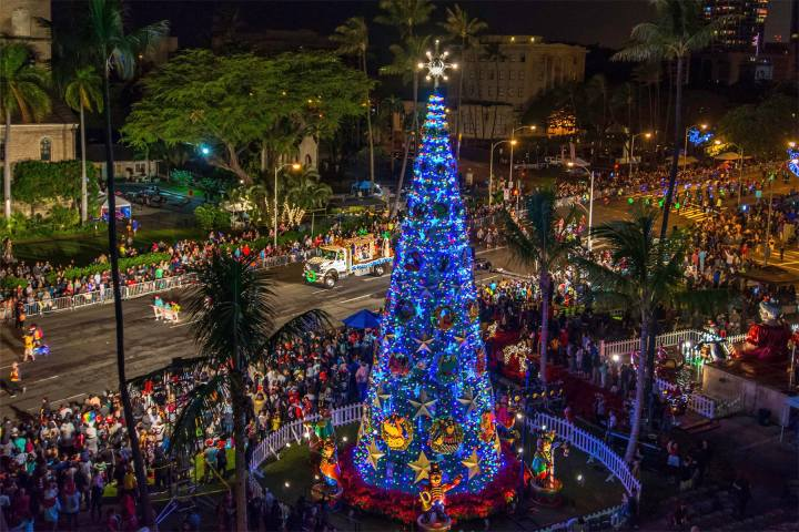 The Oahu Holiday Events to See in December