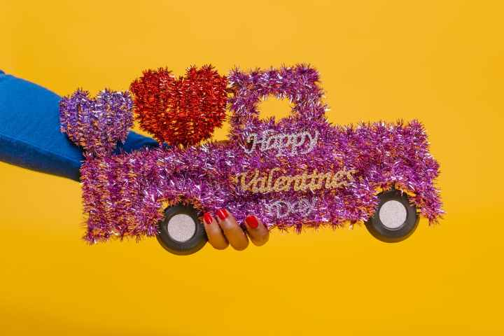 6 Date Night Ideas for Valentine's Day (COVID-Friendly)