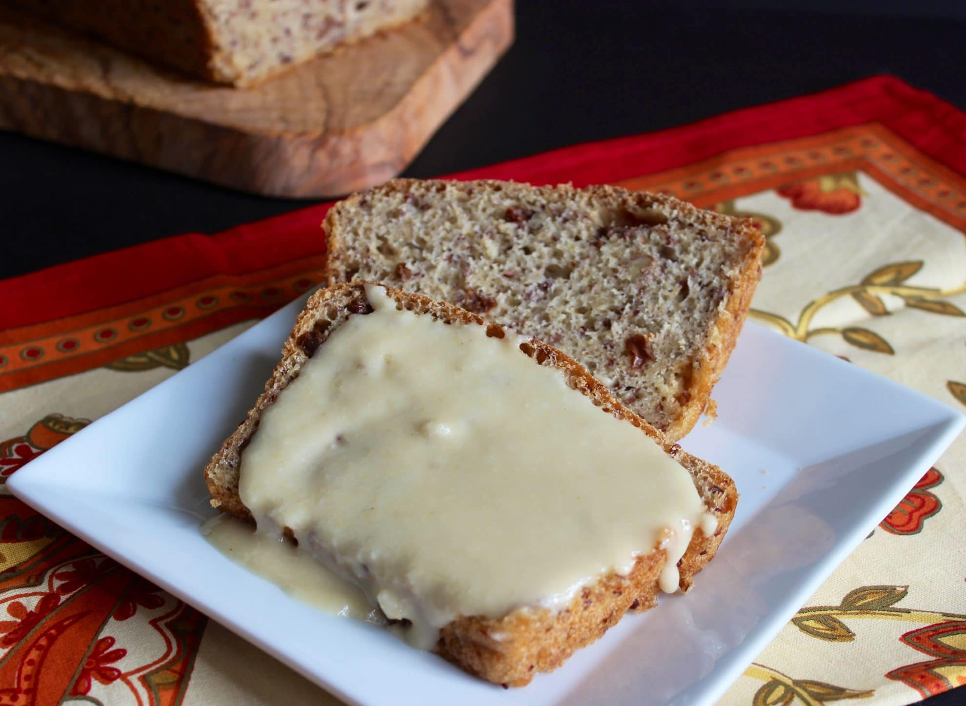 Quinoa, Oatmeal and Raisin Bread
