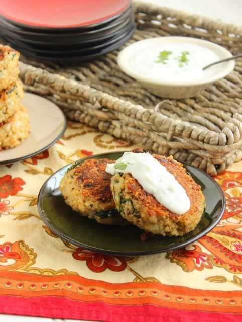 Cheesy Spinach-Artichoke Cakes with Lemon-Caper Sauce | The Suburban Soapbox