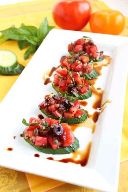 Cucumber Crostini with Tomato and Kalamata Olives | The Suburban Soapbox