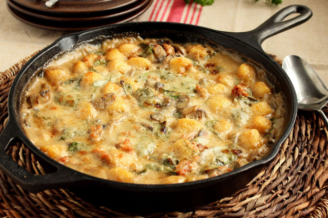 Baked Sausage Spinach and Gnocchi Skillet | The Suburban Soapbox