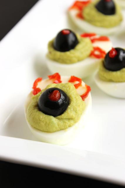 Green Eyed Monster Deviled Eggs | The Suburban Soapbox