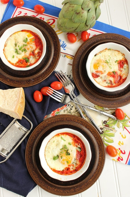 Italian Baked Eggs | The Suburban Soapbox #healthybreakfast #eggs
