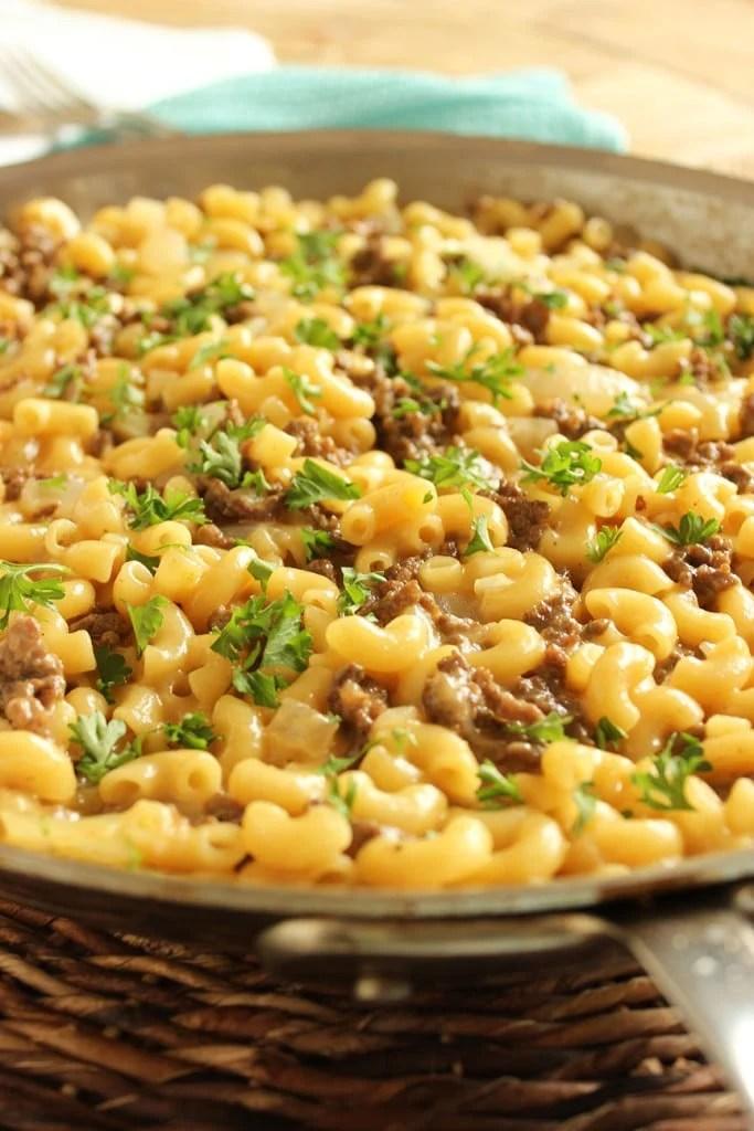Cheeseburger Macaroni Skillet | The Suburban Soapbox #cheeseburgermacaroni #skillet