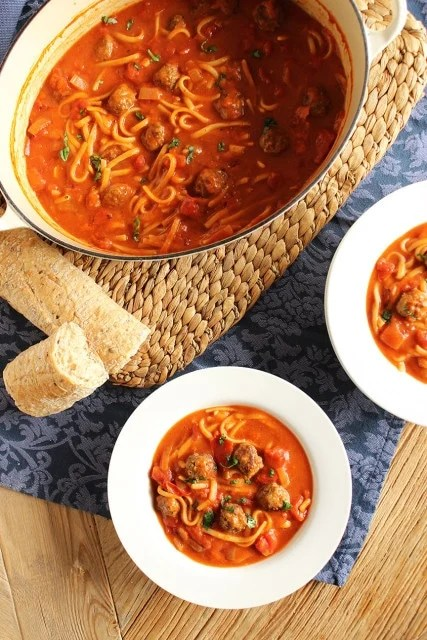 One-Pot Spaghetti and Meatball Stew | The Suburban Soapbox #onepotrecipe #spaghettiandmeatballs