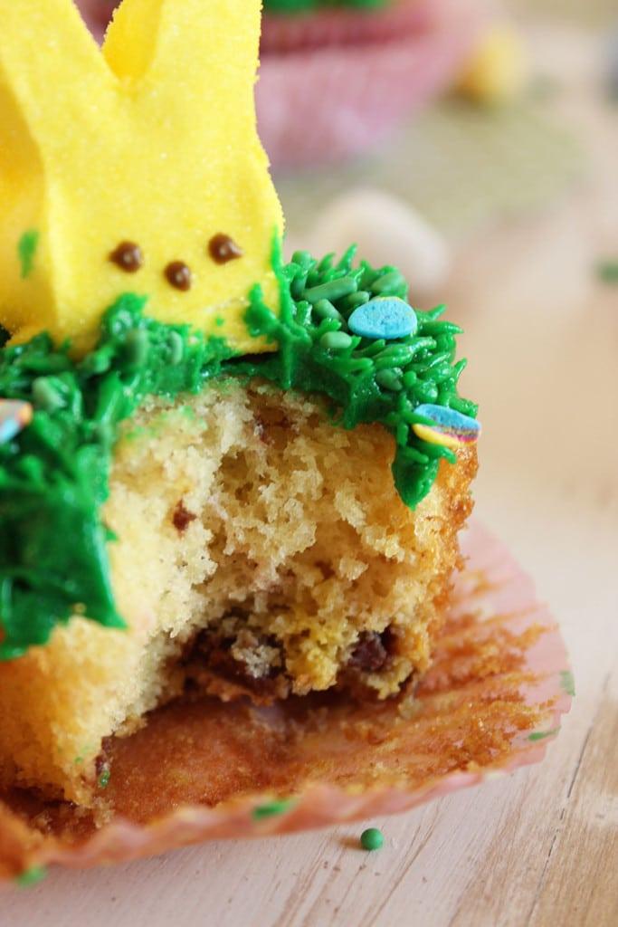 Cadbury Mini Egg Cupcakes | The Suburban Soapbox #easter #dessert #cupcake
