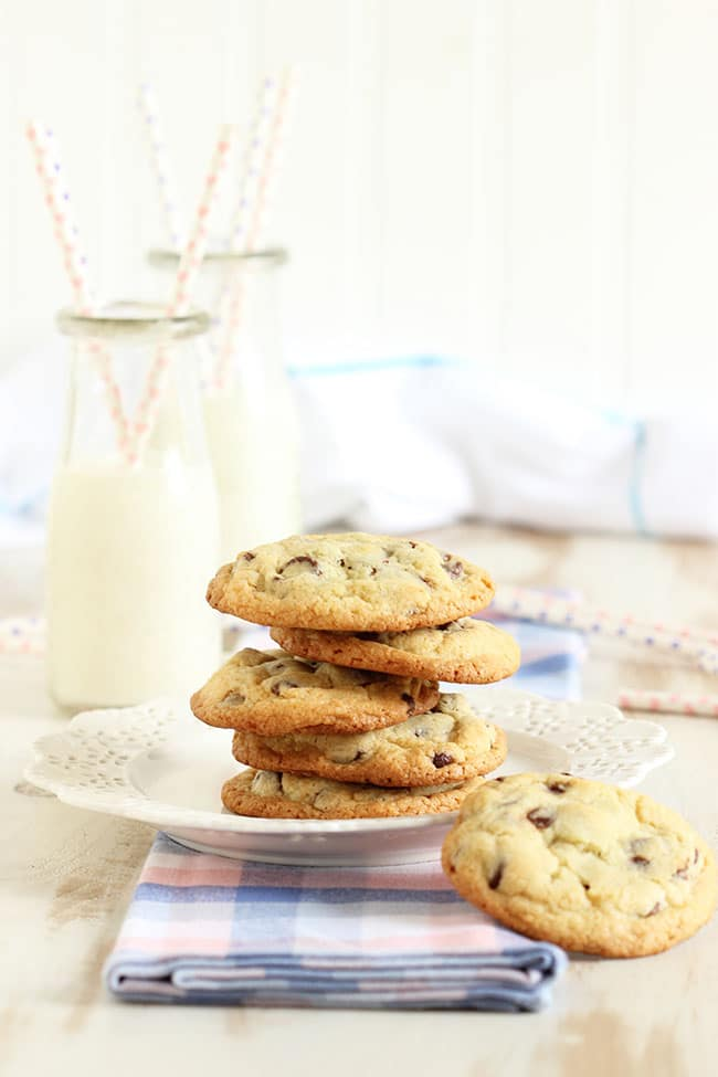 The Very Best Chocolate Chip Cookies | The Suburban Soapbox #chocolatechipcookies #baking