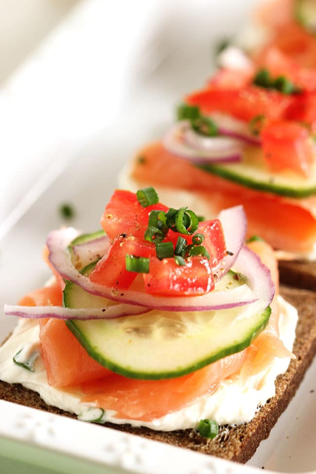 Smoked Salmon Canapes with Whipped Chive Cream Cheese | TheSuburbanSoapbox.com #brunchweek