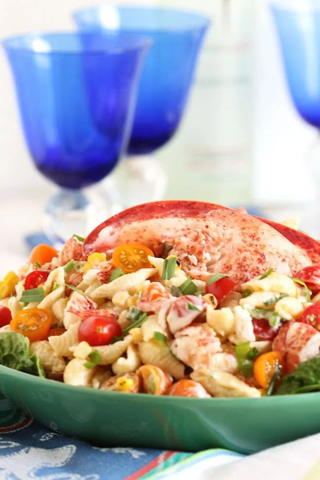 Lobster Pasta Salad with Lemon Tarragon Dressing | The Suburban Soapbox #lobster #pastasalad #summersidedish