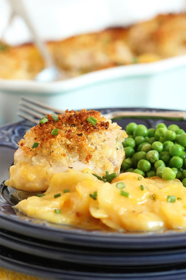 Crispy Baked Chicken with Scalloped Potatoes | The Suburban Soapbox #BTFE