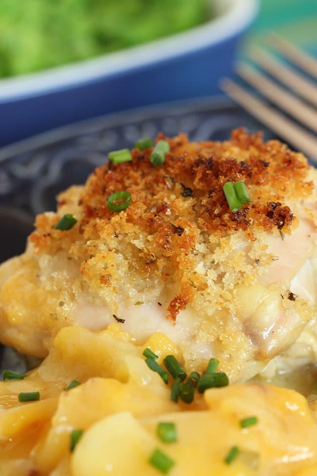 Crispy Baked Chicken with Scalloped Potatoes   The Suburban Soapbox #BTFE
