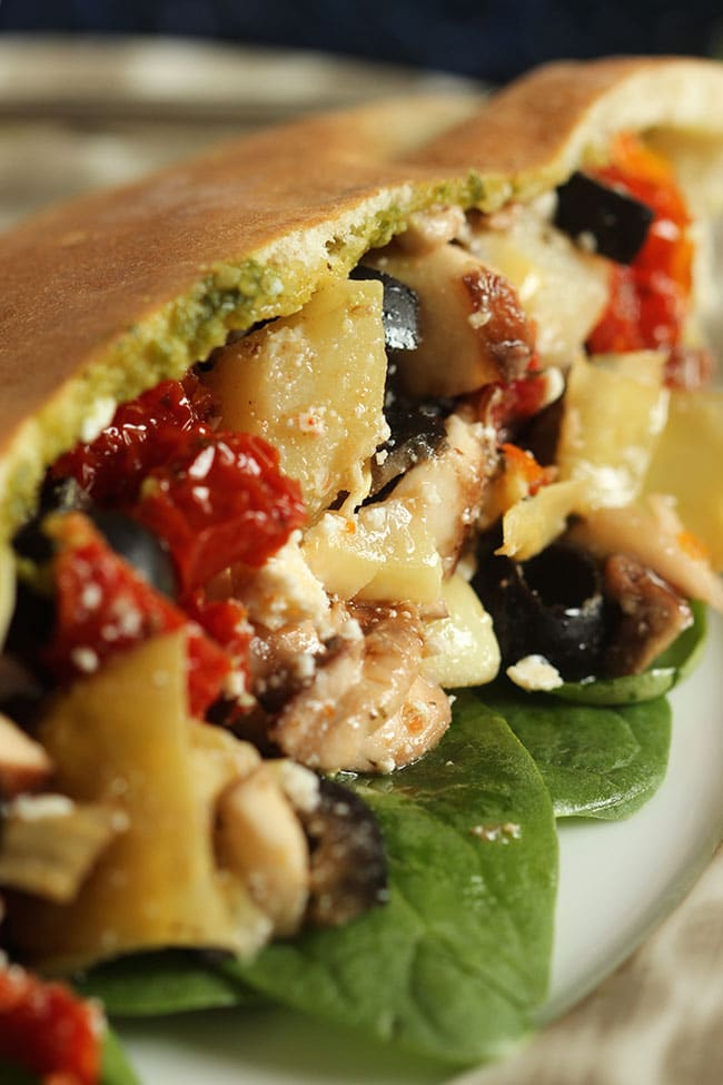 Mediterranean Veggie Sandwich | The Suburban Soapbox #CalOlivesMedRecipe