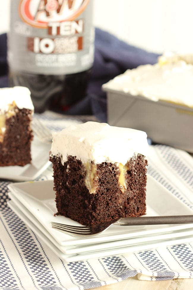 Root Beer Float Poke Cake | The Suburban Soapbox #BrighTENtheSeason