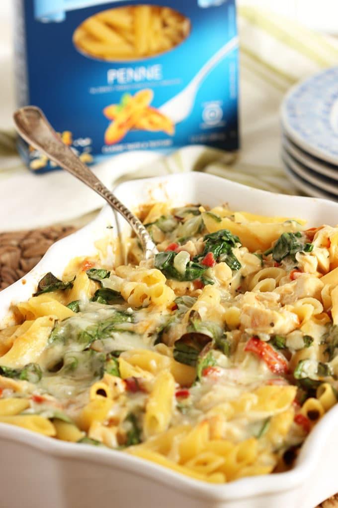 Baked Chicken Florentine Pasta | The Suburban Soapbox #GlutenFreeBarilla