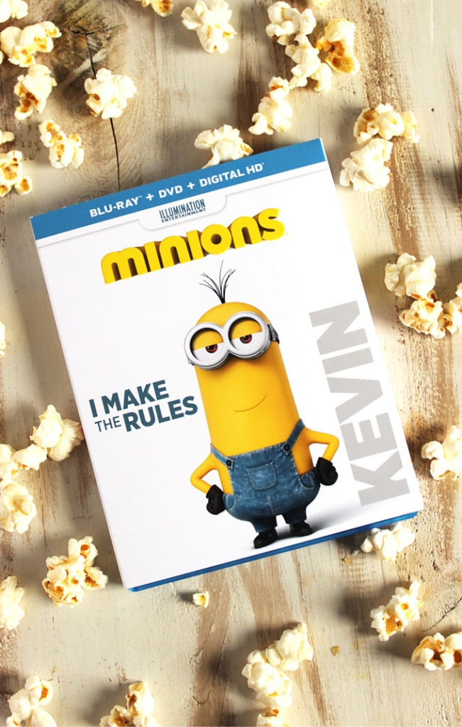 Minions Popcorn Snack Mix | The Suburban Soapbox #MinionsMovieNight