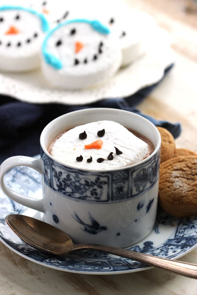 Snowman Marshmallow Hot Cocoa Toppers | The Suburban Soapbox