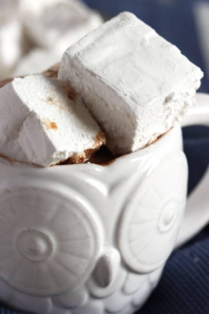 Easy Vanilla Bean Marshmallows   The Suburban Soapbox