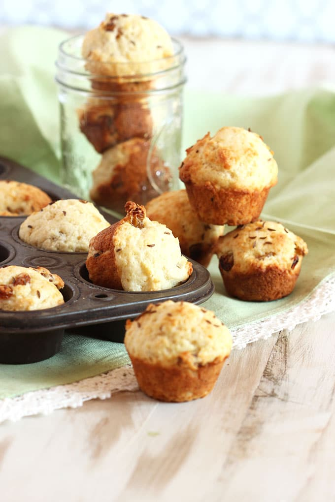 Mini Irish Soda Bread Muffins | TheSuburbanSoapbox.com