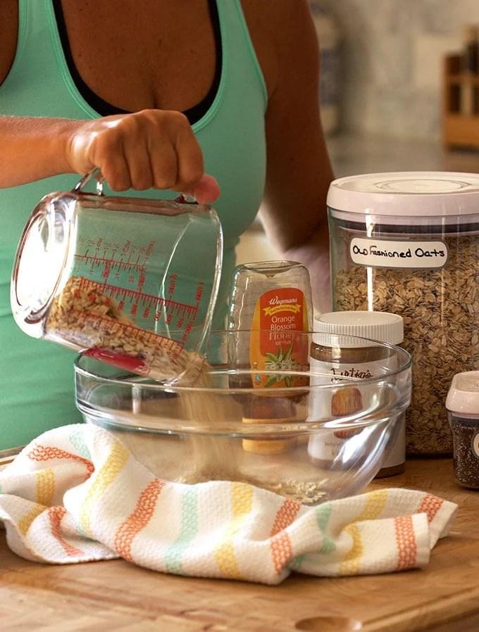 Oatmeal Raisin Energy Bites | TheSuburbanSoapbox.com