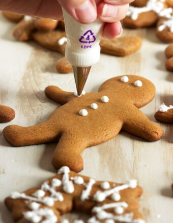 Ready in minutes and super easy, this is the BEST way to make Royal Icing from scratch.   TheSuburbanSoapbox.com
