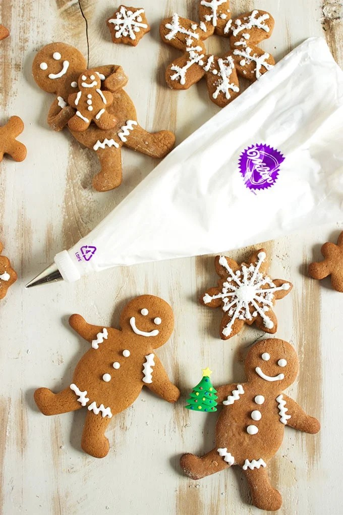 Ready in minutes and super easy, this is the BEST way to make Royal Icing from scratch. | TheSuburbanSoapbox.com