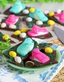 Peeps Stuck in the Mud (Easter Chocolate Bark) | TheSuburbanSoapbox.com