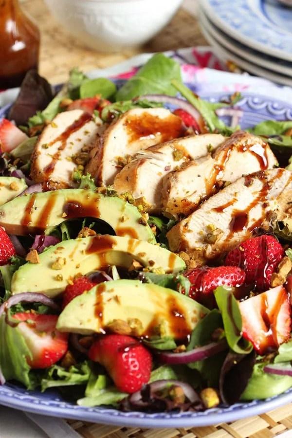 Strawberry Avocado Salad with Balsamic Chicken | TheSuburbanSoapbox.com