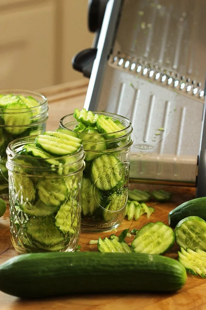 Easy Refrigerator Bread And Butter Pickles The Suburban