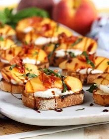 Honey Ricotta Peach Crostini Appetizer | TheSuburbanSoapbox.com