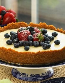 The Very Best No Bake Cheesecake Recipe | TheSuburbanSoapbox.com