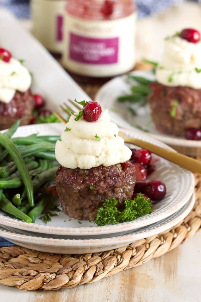 Mini Meatloaf Cupcakes with Cranberry Glaze | ThesuburbanSoapbox.com