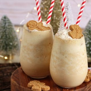 Easy Gingerbread Cheesecake Smoothie Recipe | TheSuburbanSoapbox.com