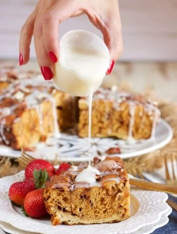 So incredibly easy to make, this Slow Cooker Cinnamon Roll French Toast Casserole is made with refrigerated cinnamon rolls. Great for Sunday Brunch or Christmas morning!!! | TheSuburbanSoapbox.com