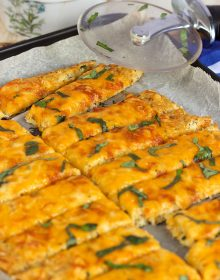 Easy Cheesy Cauliflower Breadsticks Recipe | theSuburbanSoapbox.com