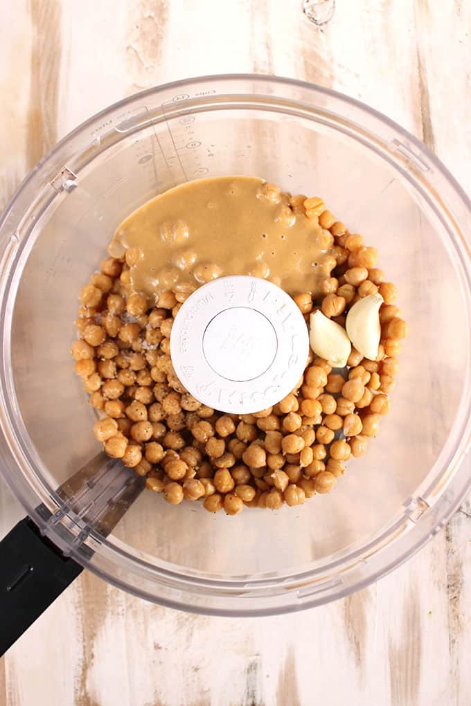 Easy Homemade Hummus | TheSuburbanSoapbox.com