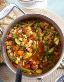 Easy Vegetable Minestrone Soup Recipe | TheSuburbanSoapbox.com