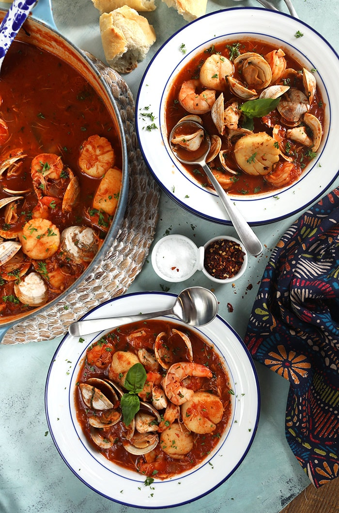 Easy Seafood Cioppino Recipe The Suburban Soapbox