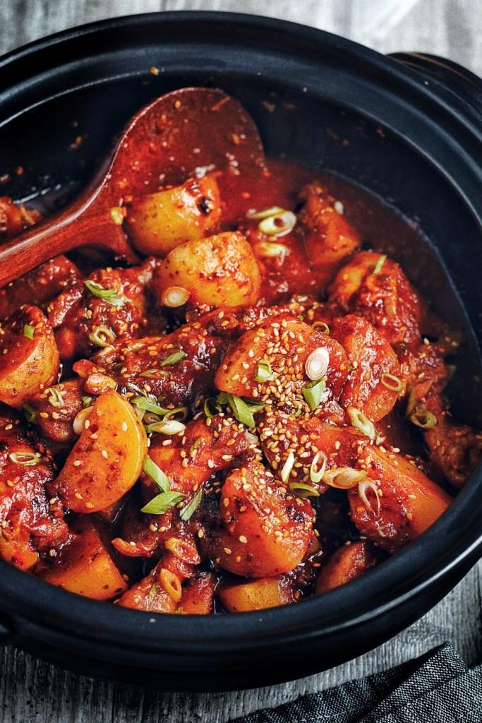 black pot of dak dori tang aka korean spicy braised chicken
