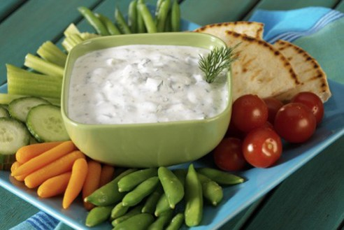 creamy cucumber yogurt dip