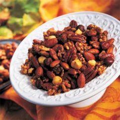 spiced herb nuts w/cayenne pepper