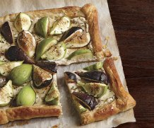 honeyed-fig-and-goat-cheese-tart-via-fine-cooking