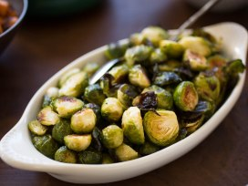 roasted-brussel-sprouts-and-shallots-with-balsamic-vinegar-via-serious-eats