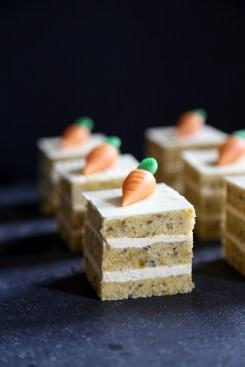 mini carrot cakes via baking my way through germany