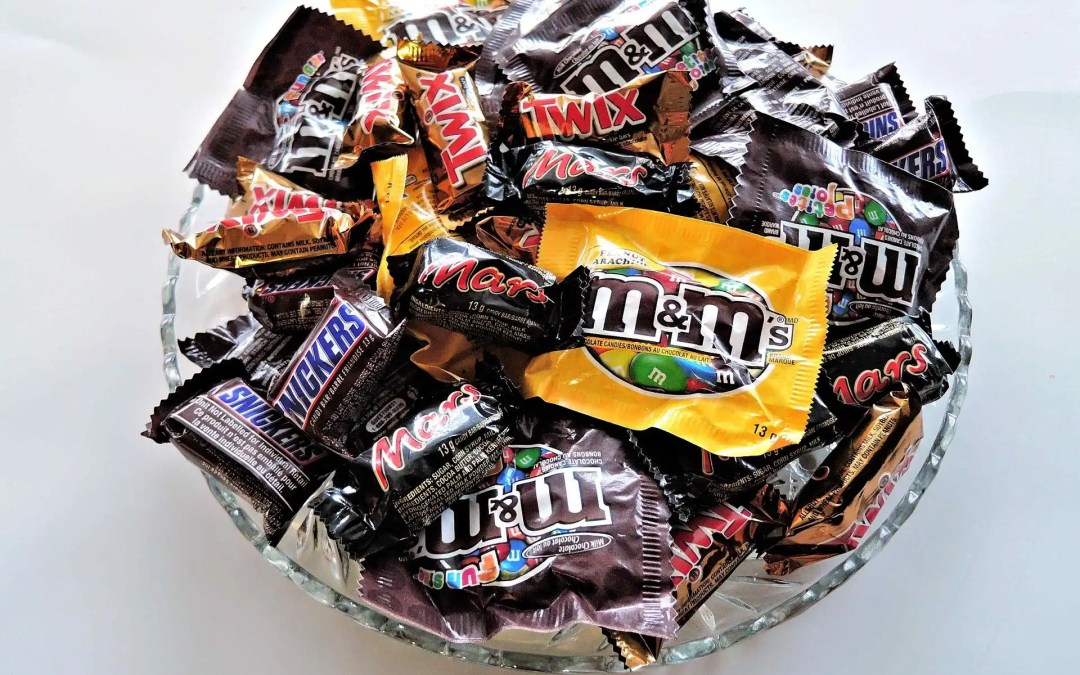 20 Delicious Ways to use Leftover Halloween Candy